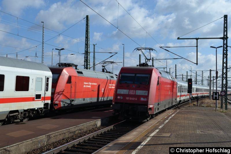 Bild: BR 101 040-4 als IC bei der Ausfahrt in Weimar.