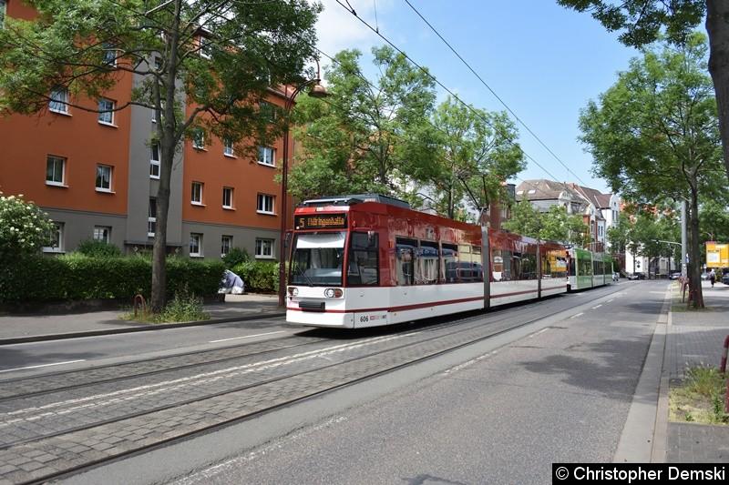 TW 606+616 als Linie 5 in Bereich Arnstädter Straße in Richtung Thüringenhalle.