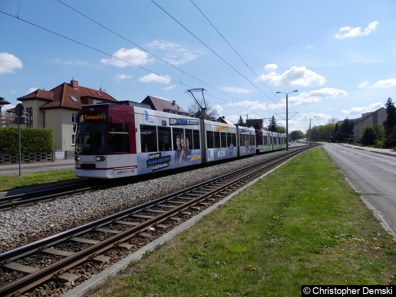 TW 609+608 als Linie 3 in Richtung Europaplatz auf der Kranichfelder Straße.