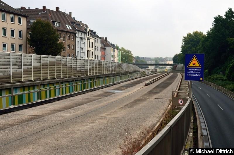 Blick auf den Streckenanfang der Spurbusstrecke.